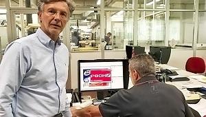 HYBRID Software празнува продажбата на 100-ния PACKZ в Италия