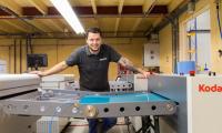 Печатницата Simian - удовлетворени от инвестицията си в две KODAK MAGNUS Q800 Platesetters