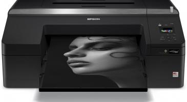 SureColor P5000 Violet Spectro - принтер с вграден спектрофотометър за печат на цветни проби с малък размер