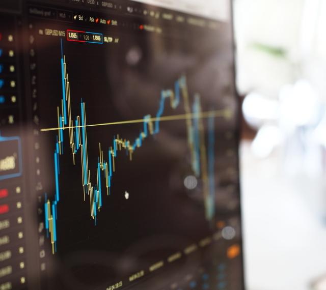 Анализ и управление на данни